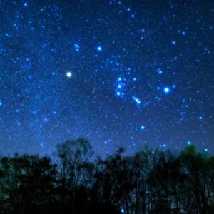 おうちで旅行気分(温泉編)~温泉に入りながら美しい星空を見る体験~