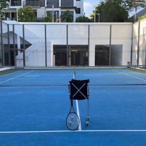 またコンドのテニスコートが使えなくなってしまう・・・・