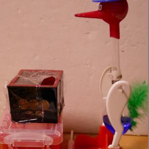 水飲み鳥の水漏れ(笑)
