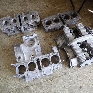 Z1000R(R2):エンジンを塗装します