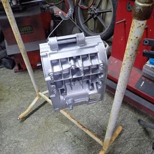 RZ250:エンジン塗装