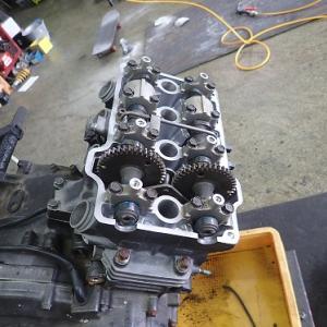 ジェイド250:エンジン組み立て&エンジン塗装