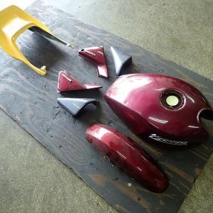 ゼファー400(C4)レストア:バイクの外装塗装