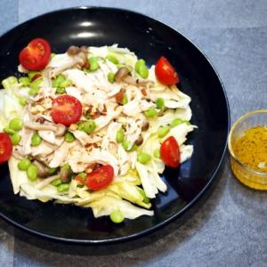 【みなぎるレシピ0006】二日酔い予防に効果的、キノコと鶏ささみの温サラダ・レモンチーズドレッシングかけ