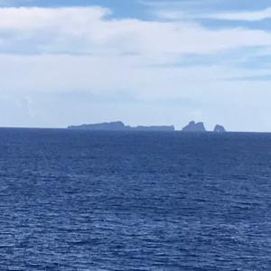 ◆小笠原列島見えてきた、何と晴れた