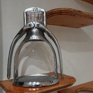 《エスプレッソ抽出器具ROK 一月使ってみて! 》 コーヒールアクのコーヒー器具紹介