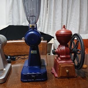 《手挽き・電動コーヒーミルの良さ紹介します》コーヒールアクのコーヒー器具紹介