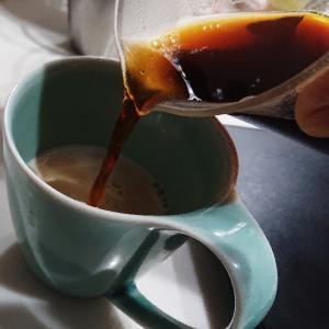 《ボクのホットカフェオレ<中煎り~浅煎り>》コーヒールアクのコーヒー淹れ方紹介。