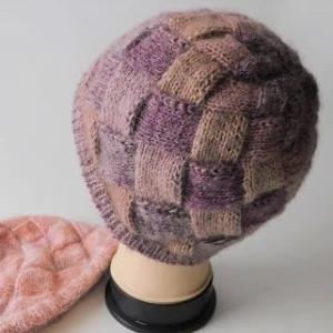 暑過ぎる位 暖かい帽子