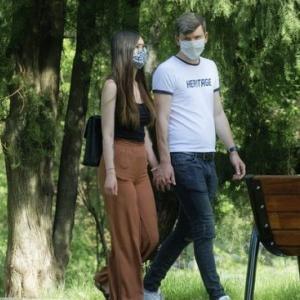 新型コロナ対策 使い捨てマスク