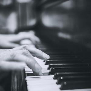 ベートーヴェン ピアノソナタ 悲愴&月光 ギレリスの名演で