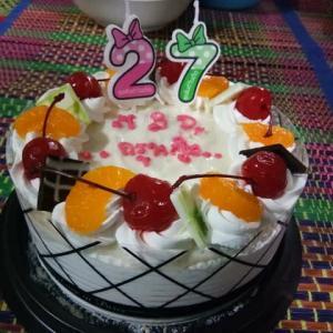 昨夜は、嫁の友人教師の お誕生日。