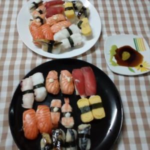 今夜の、ディナーは 寿司でした。