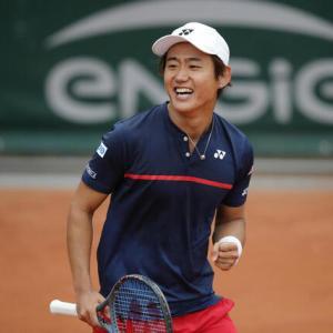 西岡良仁、全仏オープン1回戦 金星!
