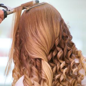 【買う価値有】話題の絹女カールアイロンを美容師が徹底解説!