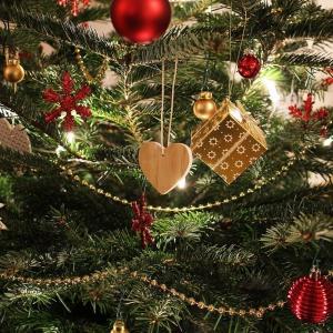 クリスマスツリーはスリムでおしゃれなものを選ぼう!最新セレクション2019