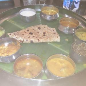 インドでの食べ物(ツアーこぼれ話4)