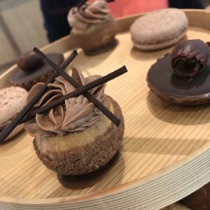 「アラン・デュカス」チョコレート尽くしのアフタヌーンティー