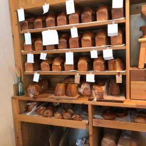 自家製分に拘った日本三大食パンのひとつ「ナカガワ小麦店」