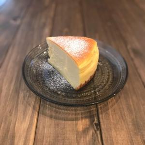 チーズケーキ専門書が教える、割れないスフレチーズの作り方