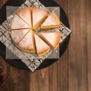 フワフワなのにキメは細かく食べ応えあり!のスフレチーズケーキ