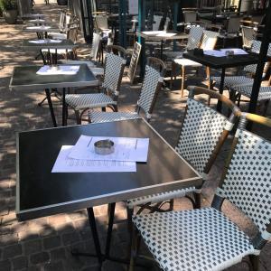 パリの「いいカフェ」はブラッスリーにあり