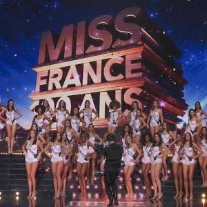 フランス国民的な紅白歌合戦に相当する、年末のド定番テレビ番組とは?