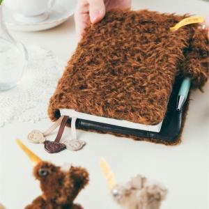 ほぼ日×シュタイフ コラボの手帳カバーは三周年目! モコモコの手触りが最高に可愛い!
