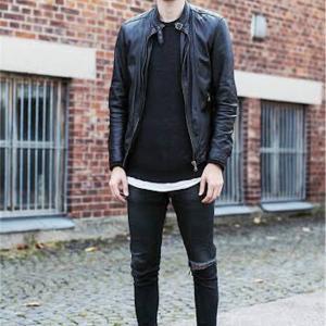 【🔴初めてのレザージャケットは「黒のシングルライダース」がオススメなワケ🤔🤔🔴】