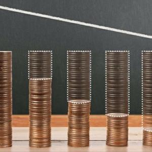 配当金は貰って嬉しいけど非効率的な時もある。ROEは富創造の魔法のてこで、税金を取られることなくお金を増やす方法