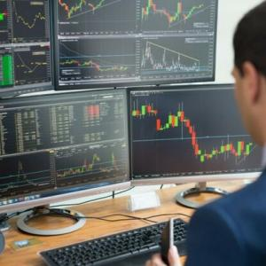 一生懸命、考えて株の取引きをしても自分の首を絞めているという現状