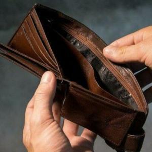アナタを貧乏にさせる『心の会計』とは?行動経済学入門。アナタの持っている10万円は本当に10万円の価値がありますか?