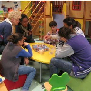 Montreuilの児童館 A l'Adresse du Jeu - Ludothèque 123...Soleil !