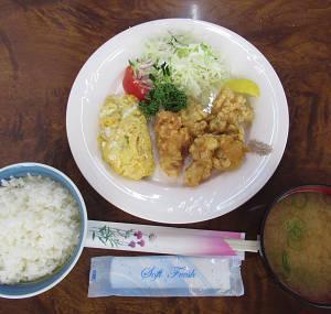 【ランチ】 鶏の唐揚定食 莉紗 神戸市中央区元町通6-2-34 西元町駅