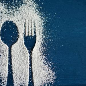 人工甘味料で太る?研究データを交えて解説します