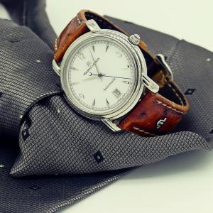 新社会人で高い時計ってつけるべき?時計選びのポイントとオススメをご紹介!