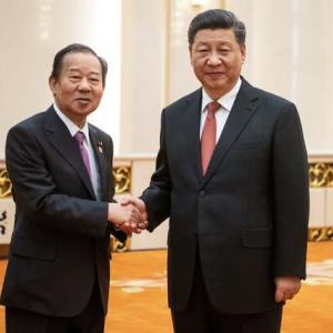 中国一辺倒の二階幹事長