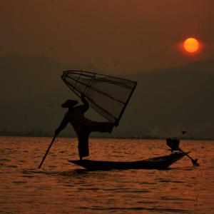 #75 インレー湖ボートクルージング ミャンマー(7)