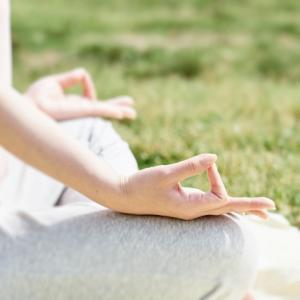 【ヨガ哲学ヤマ・ニヤマ】 タパス(苦行・自制)の実践で前向きに生きよう