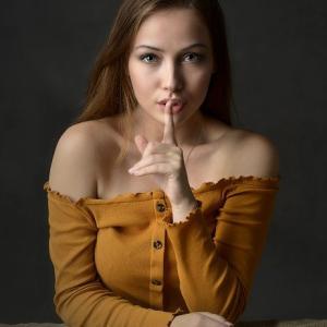 夫の悪口で自分の価値を下げる妻