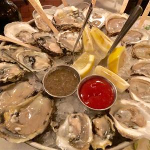 ニュージャージー州プリンストンの Blue Point Grill で15種類のオイスター (生牡蠣)を食べ尽くす…オヒョウ Halibutの焼きが最高に美味しかったです!