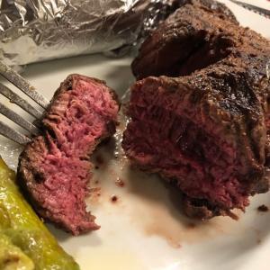 ステーキの味比べシリーズ。地元のDaVinch At Novadellでフィレ肉のチェックです。