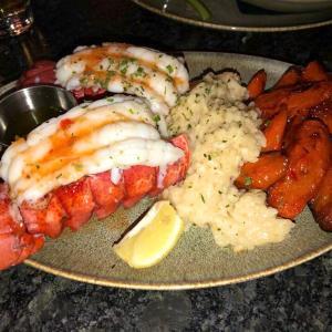 インディアナポリスで紹介してもらったPier 48 Fish House & Oyster Bar。 店員さんも親切で新鮮なオイスター。お勧めです。