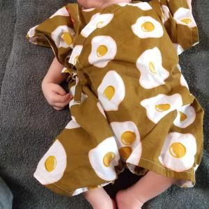 赤ちゃん用甚平着せてみた😃