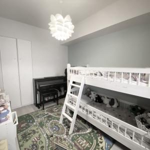 わずか5畳に2段ベッドとピアノまで【子供部屋】紹介。
