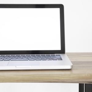 7年使用したMacBook Pro【バッテリー交換】料金は◯◯円。