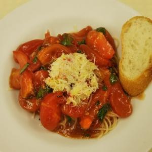 トマトと蟹の冷製カッペリーニ
