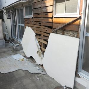 台風の災害で被害を受けたら、住宅被害に保険は有効?