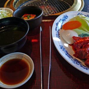 赤坂門で焼肉ランチ‼