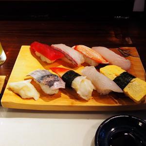 西新『一斗五合』で寿司ランチ